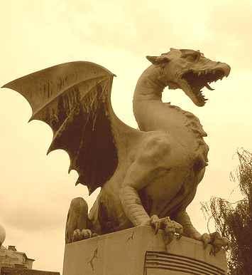 20060905160813-dragon2.jpg