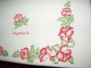 20090807210439-a-mantel-amapolas-cerca-.jpg
