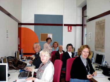 20090513223440-clases-de-informatca.jpg