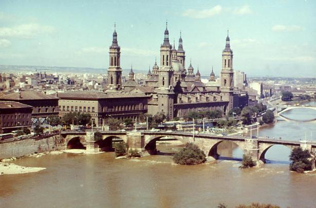 20071205001346-zaragoza-basilica.jpg