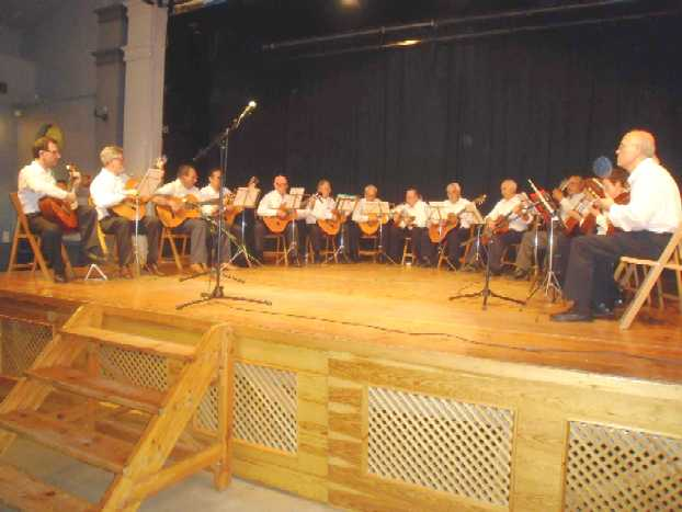 20090504113608-grupoguitarra.jpg