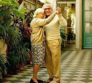 20100324091842-pareja-de-ancianos.jpg