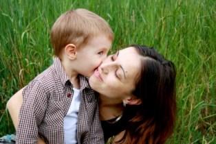 20090609090909-madre-hijo-peq.jpg