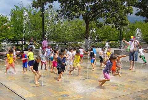 20090803081610-juegos-agua-mini.jpg