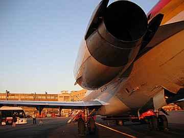 20061116005537-avion.jpg