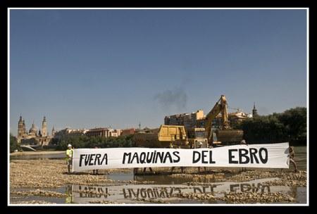 20080801121100-dragando-el-ebro-31-07-2008-55.jpg