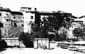 20071125145637-murallas-romanas-santo-sepulcro.jpg