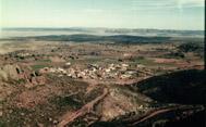 20071204211601-peracense-el-pueblo-desde-el-castillo.jpg