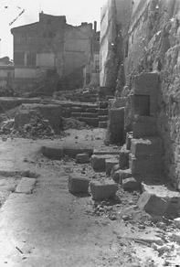 20080331005331-e-murallas-romanas-en-la-zona-de-la-zuda.jpg