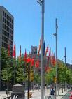 20110513153145-b-banderas.jpg