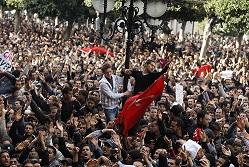 20110128171019-manifestacion-capital-tunecina.jpg