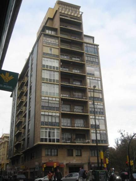 20061106200204-granvia-edificio.jpg