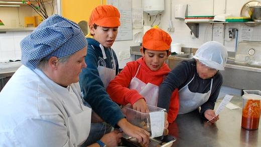 Comedores escolares y dietas saludables huertos escolares y alimentaci n saludable - Comedores escolares barcelona ...