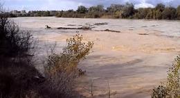 20121105100803-rio-ebro-crecida-junto-desembocadura-rio-gallego-p.jpg