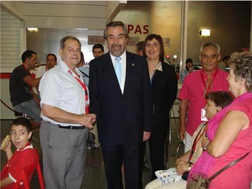 20080705144816-mano-al-alcalde.jpg