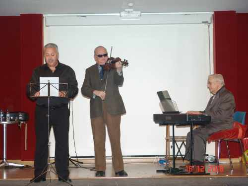 20081220230326-trio1.jpg