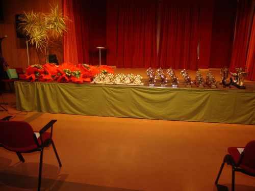 20081221103701-re-y-trofe.jpg
