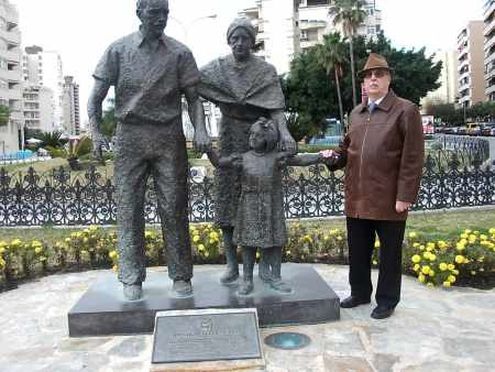 20090125122636-luis-y-monumento.jpg