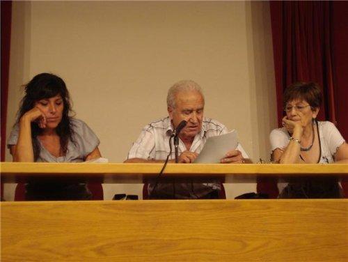 20090909203154-mesa-directiva.jpg