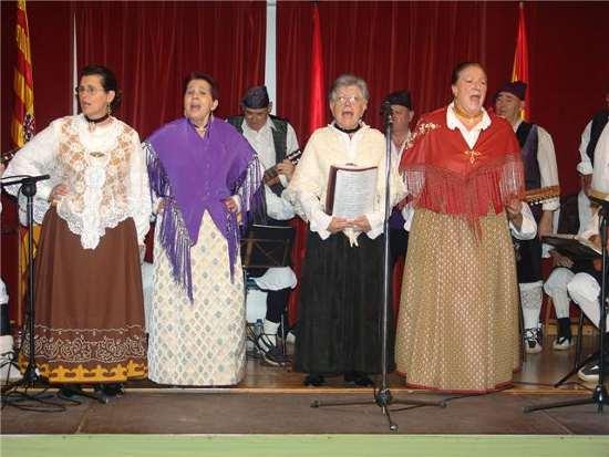 20091205220116-mujeres-cantando.jpg
