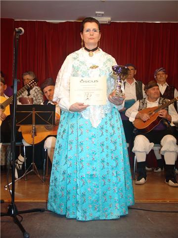 20100320224332-amparo-premio.jpg