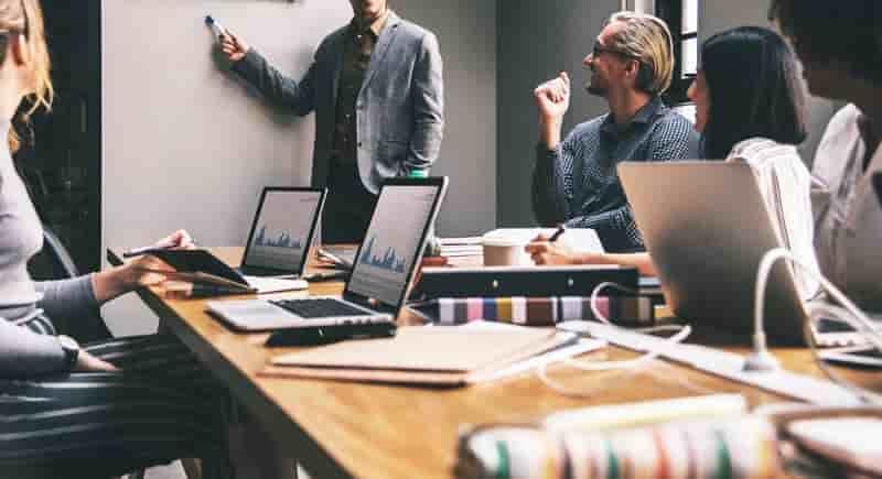 20200228172601-tips-para-aumentar-la-productividad-de-tus-empleados-min.jpg