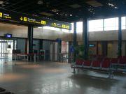 20071003111234-aeropuerto-uesca.jpg