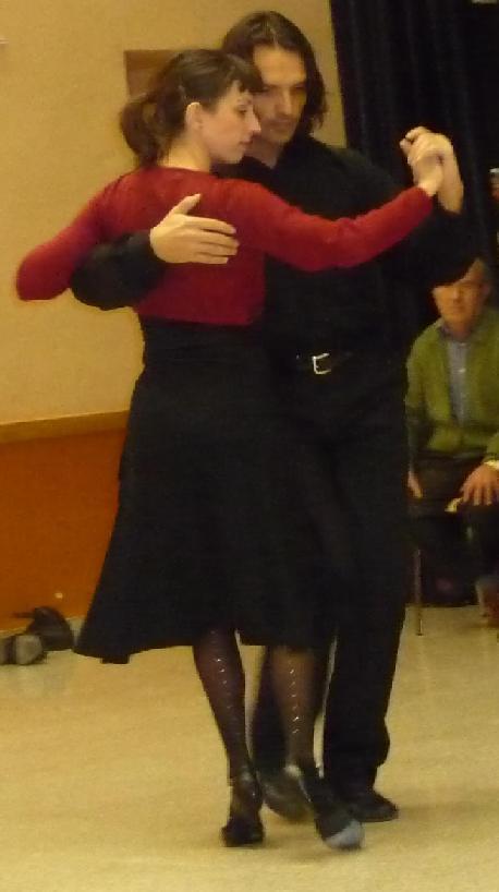 20090127214228-baile1.jpg