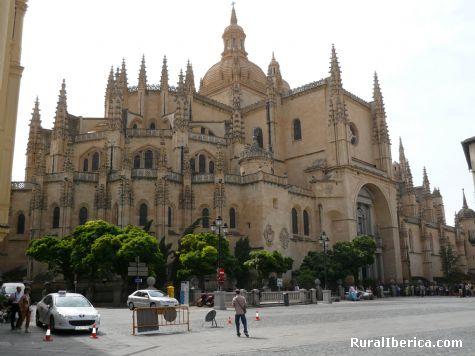 20080415105639-la-dama-de-las-catedrales-segovia-.jpg