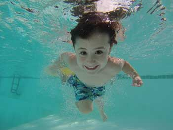 20180111191604-medir-ph-piscinas.jpg