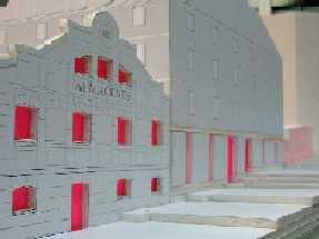 20060921122212-copia-de-harienera-con-ventanas-rojas.jpg